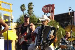 T-Lou & The Super Hot LA Zydeco Band, Englewood Street Scene